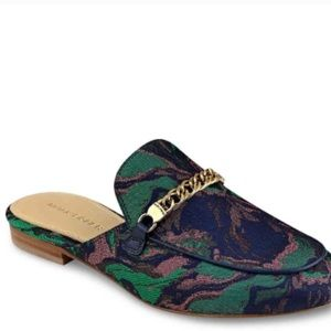 Marc Fisher Whiley round toe canvas blue mules